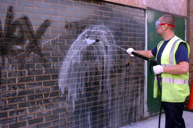 graffiti removal in savannah