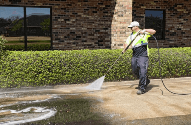 commercial concrete cleaning in savannah